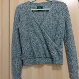 Abercrombie Long Sleeves Grey Sweater